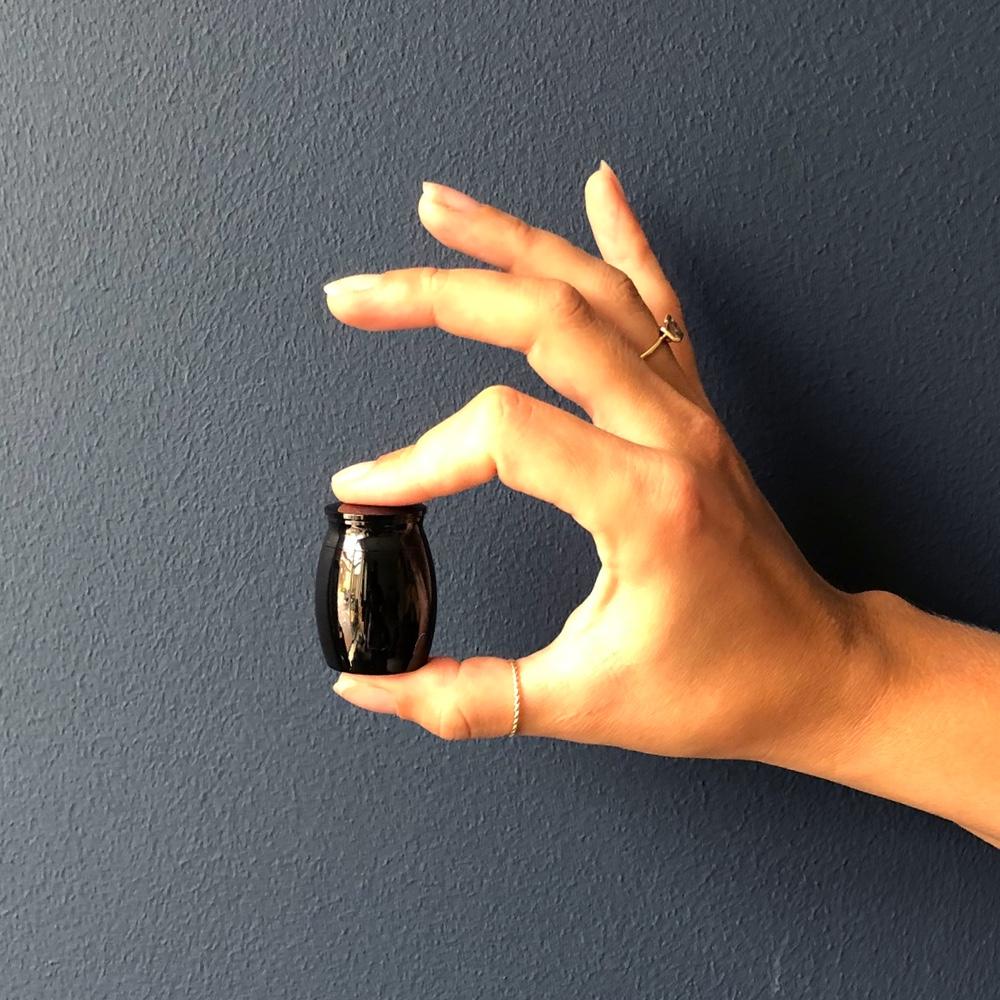 Mini urn rvs uni zwart hand