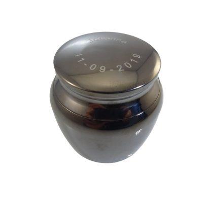 Mini urn graveren