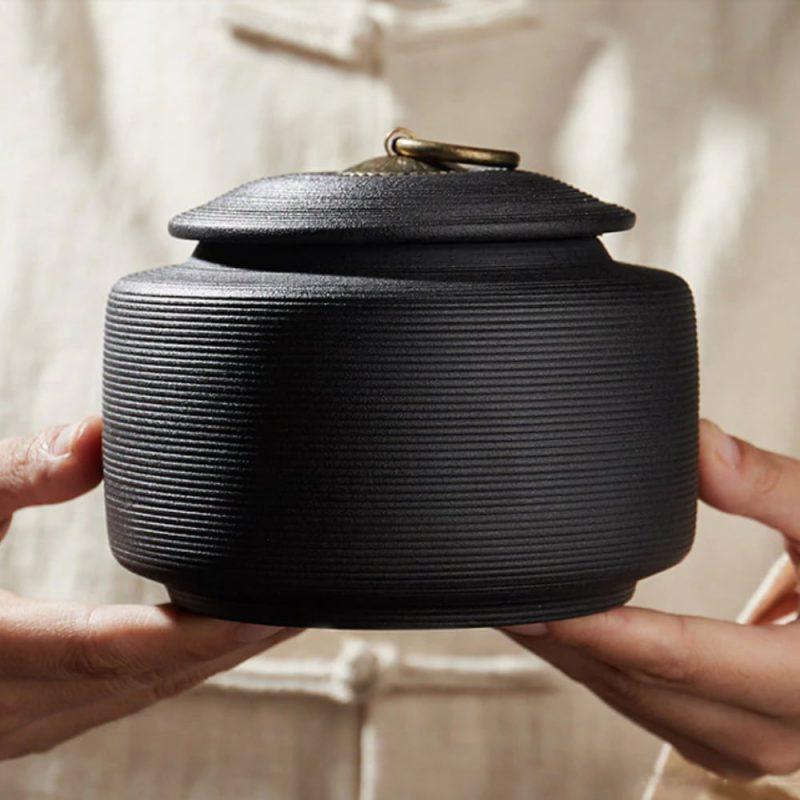 Urn keramiek Japanse Heiwa zwart sfeer